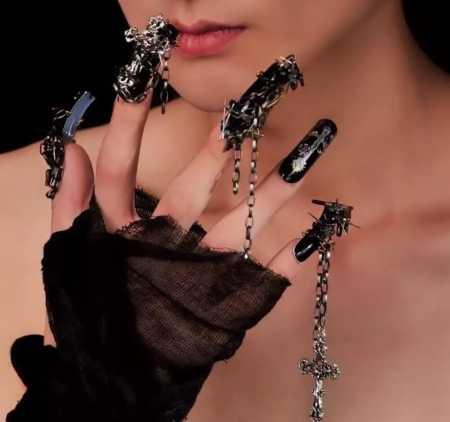 Одежда готов: черное, как символ жизни