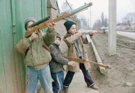 Бравые солдаты своего двора - войнушки 2000-х