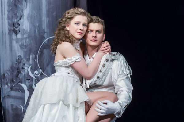Лиза Арзамасова и Филипп Бледный: а был ли роман