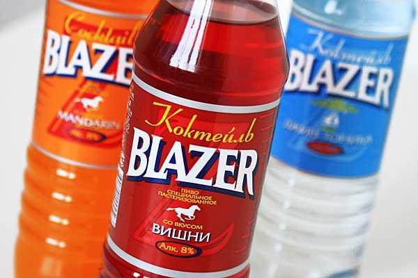 """Популярный в нулевых напиток """"Блейзер"""": градус, состав и оригинальный рецепт 1850 года"""