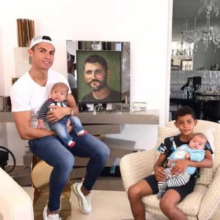 Личная жизнь легендарного футболиста Криштиану Роналду: многочисленные романы и их последствия